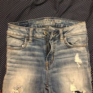 American Eagle cropped ankle jeans